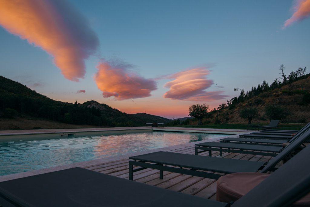 Merlac France levé de soleil piscine